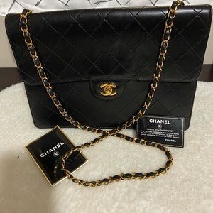 ⭕️SOLD⭕️CHANEL QUILTED LAMBSKIN LARGE CLASSIC